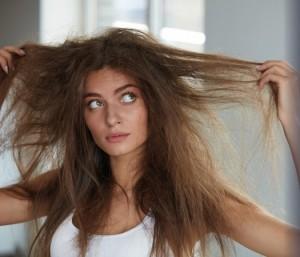 capelli-effetto-paglia