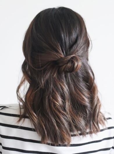 cliomakeup-capelli-semiraccolti-accontiatura-mezza-coda-9